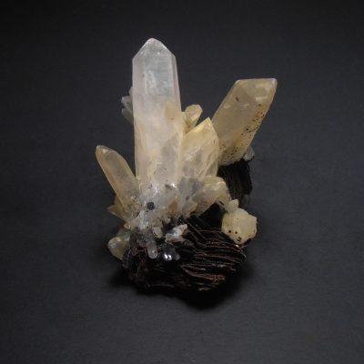 hematite on quartz china