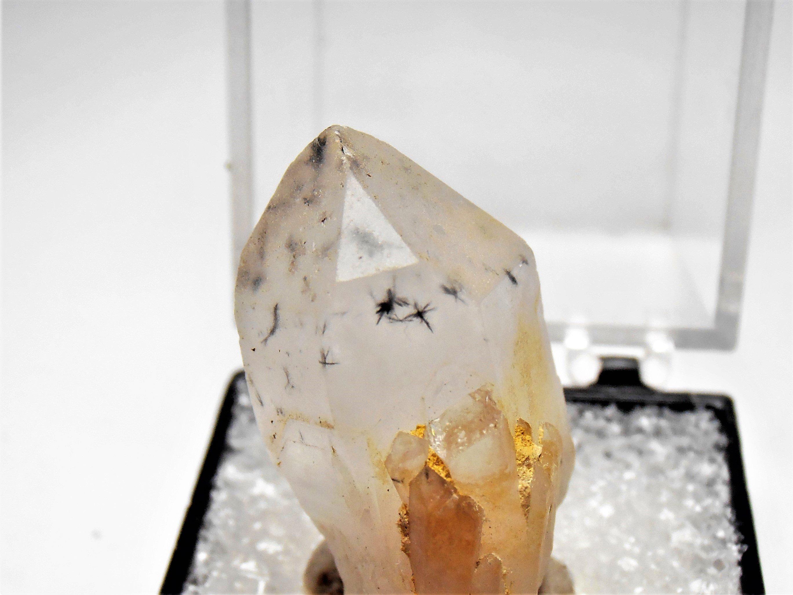 hollandite in quartz madagascar