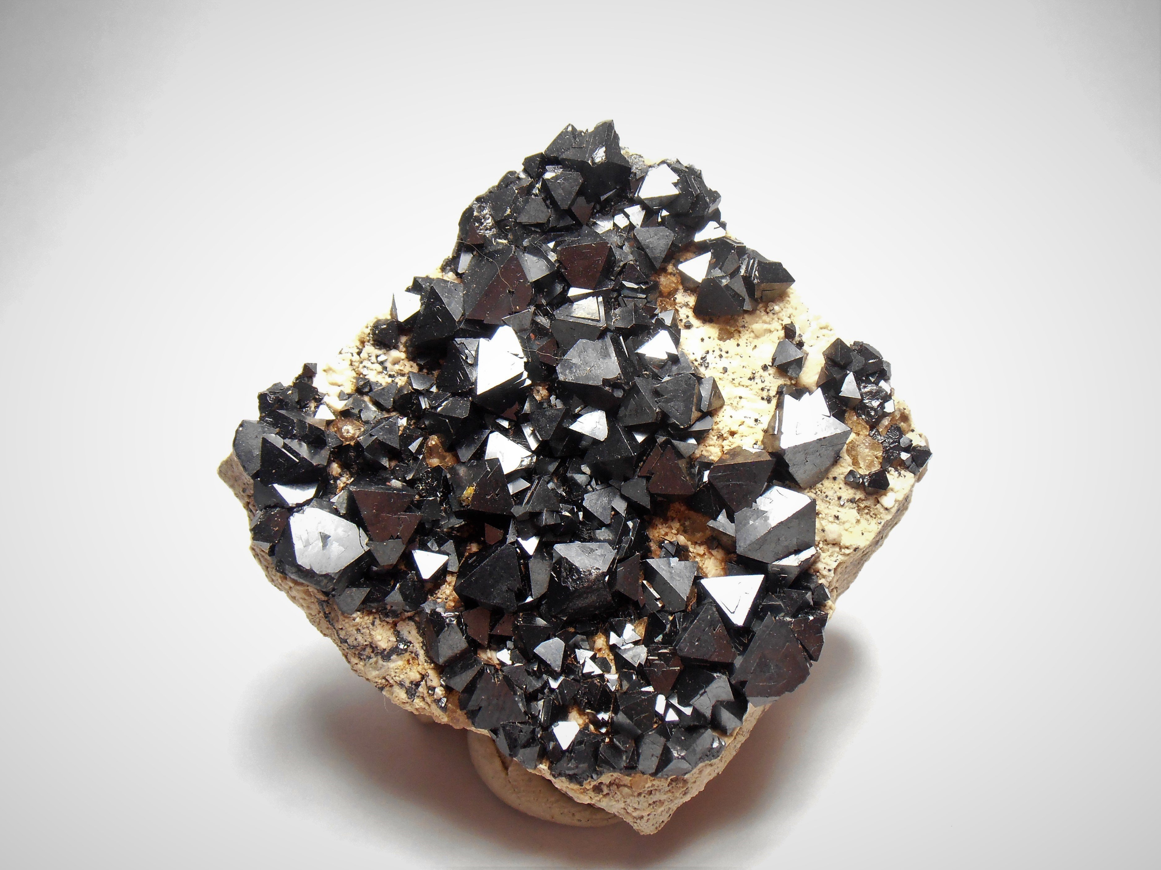 Magnetite - Outstanding Crystals from the Potosi Department