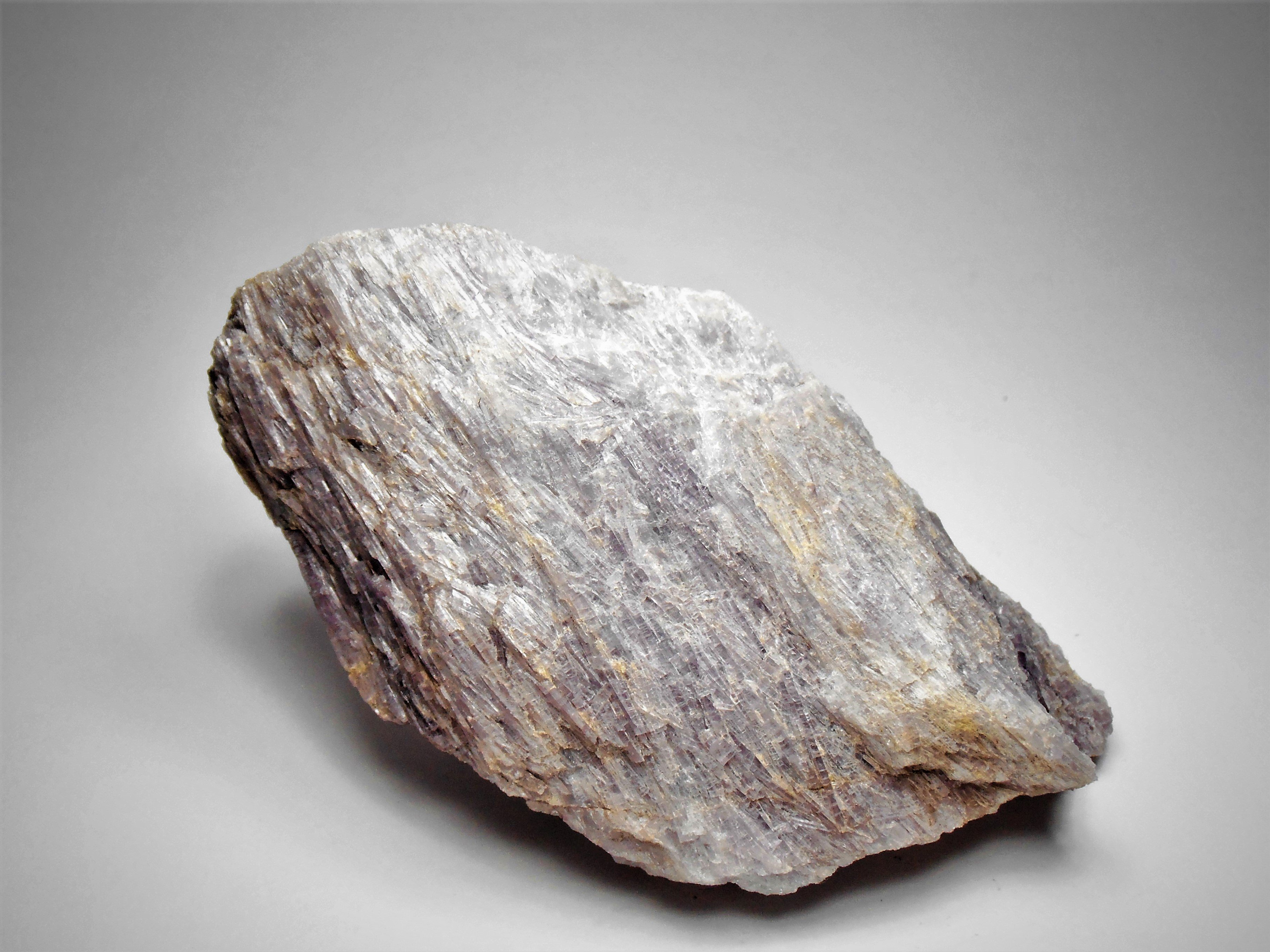 Hexagonite - The Manganese rich variety of Tremolite