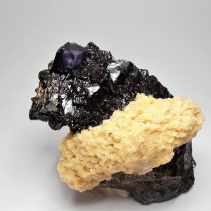 Barite on Sphalerite with Fluorite - Elmwood Mine