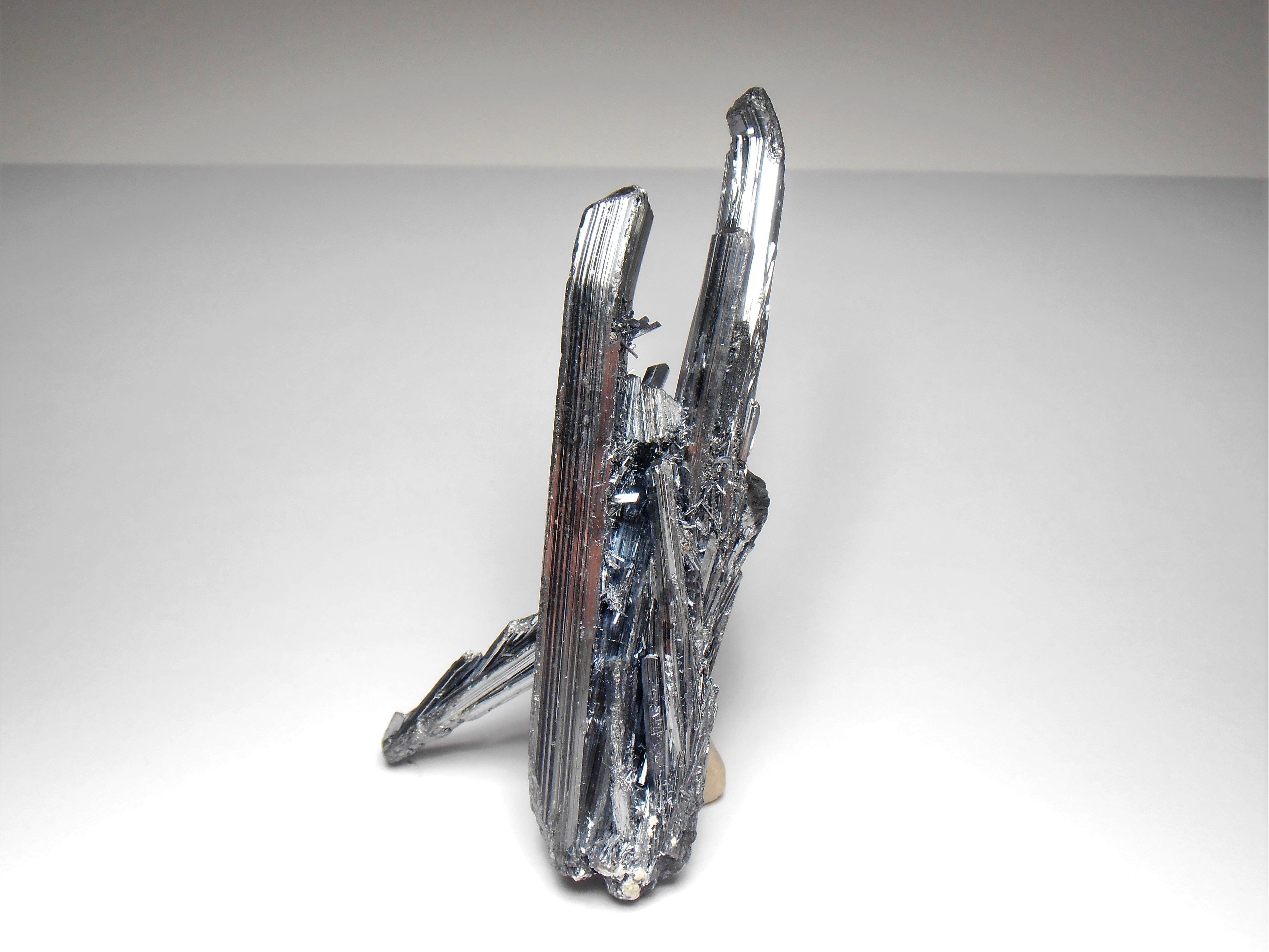 Stibnite Crystals from the Hunan Province