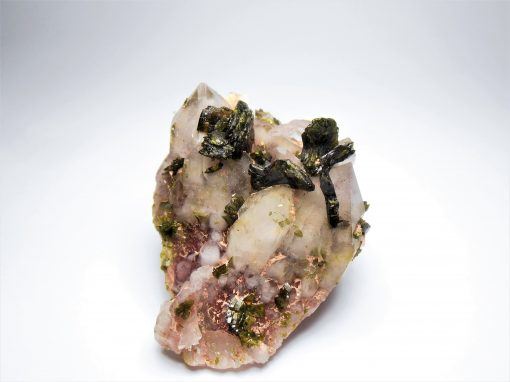 Epidote on Hematic Quartz from the Honquizhen Quarry