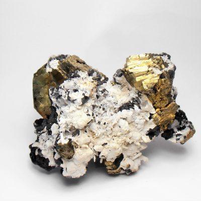 Pyrrhotite on Sphalerite from Dal'negorsk
