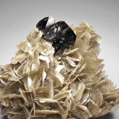 Cassiterite - Twinned Crystals from the Pingwu Beryl Mine