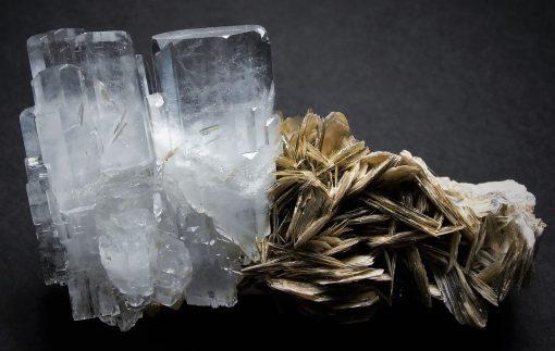 Aquamarine - Aesthetic DT Crystals on matrix from Gilgit