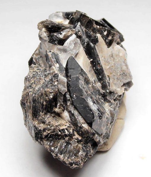 Fluororichterite Crystals from Wilberforce, Ontario