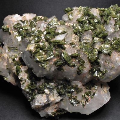 Epidote on Quartz Crystals from the Honquizhen Quarry