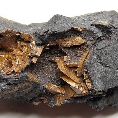 Sturmanite from the Wessels Mine, Kalahari Manganese Fields