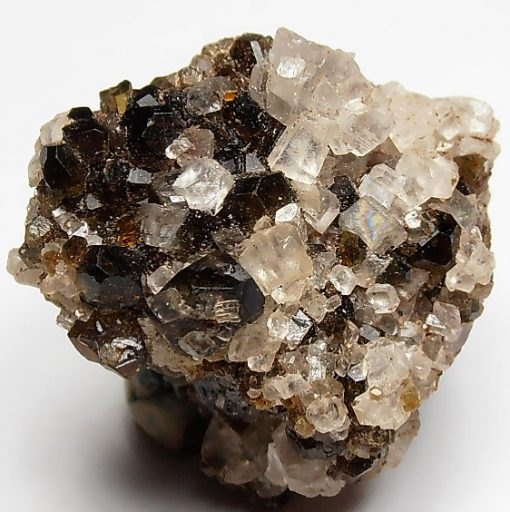 Magnesite and Uvite Tourmaline from the Pomba Pit