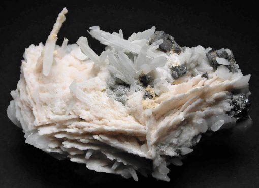 Manganoan Calcite from Dal'negorsk, Primorskiy Kray