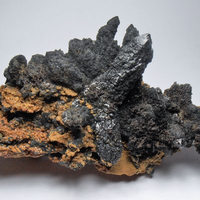 Hedenbergite in Quartz from the Kavalerovo Mining District