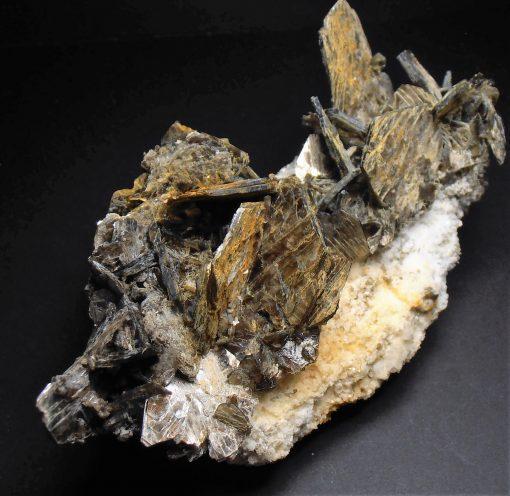 Muscovite on Feldspar from Hiddenite, North Carolina